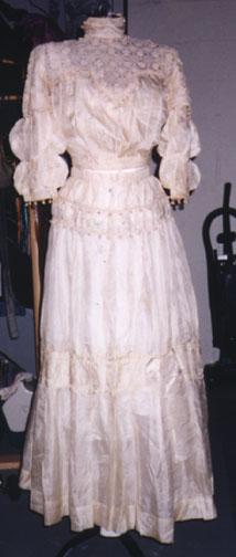 wedding dress restoration valerie s adventure in wedding dress restoration 9248